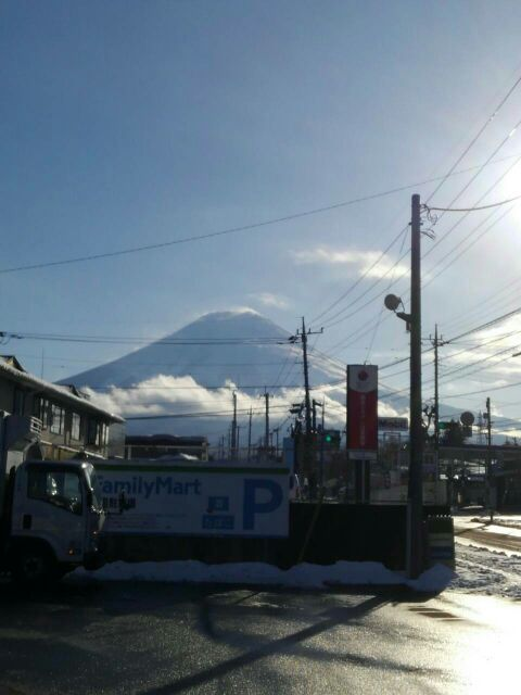 初雪で大変でした(>_<)