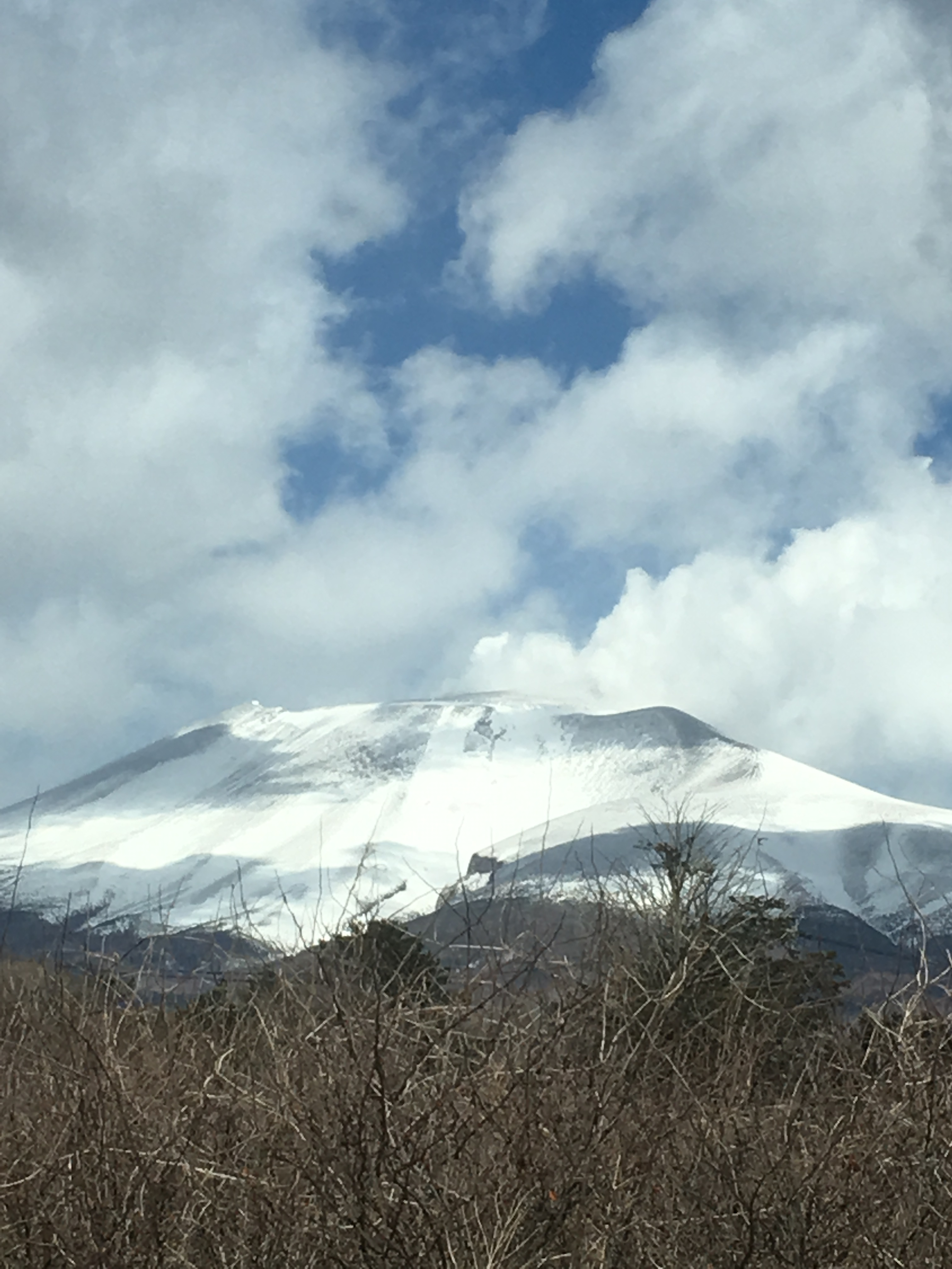 軽井沢町長倉 浅間山が近い!