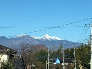 北に八ヶ岳・南に富士山!